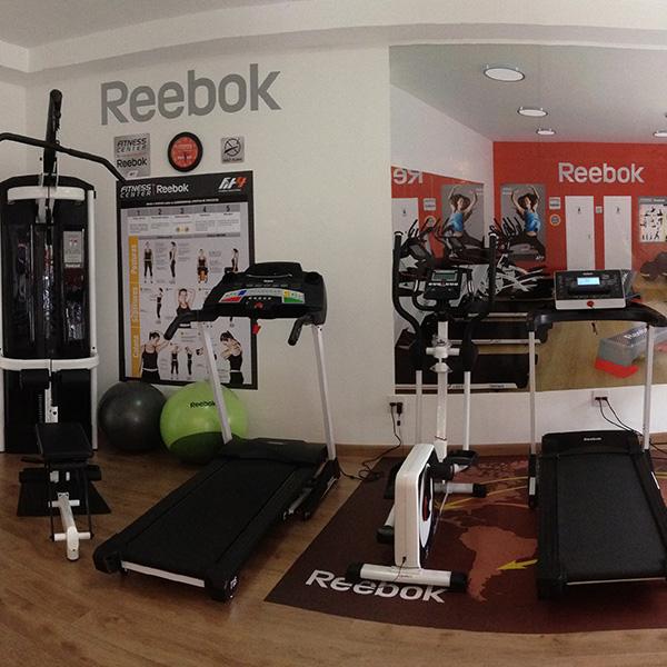 68462555f20 As melhores marcas do Fitness  Reebok